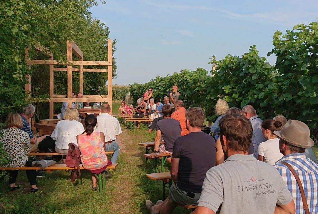 Krimilesung in den Weingärten